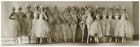 Bailarinas de la compañía Albertina Rasch Girls. | Florence Vandamm, Vanity Fair, 1927.