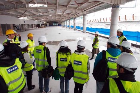 Imagen de la visita guiada a las obras del puerto. |Antonio Pastor
