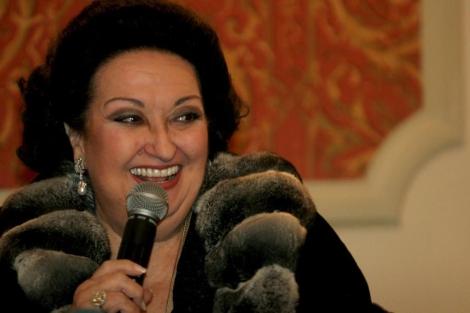 La soprano Monserrat Caballé en el Teatro Lice de Barcelona al recibir la Medalla de Oro, este miércoles. | Marta Pérez / Efe