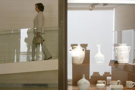La Reina Doña Sofía recorre el museo el día de su inauguración. | Madero Cubero