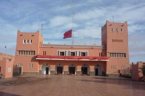 Edificio del gobernador general de El Aaiún.  Ana Romero