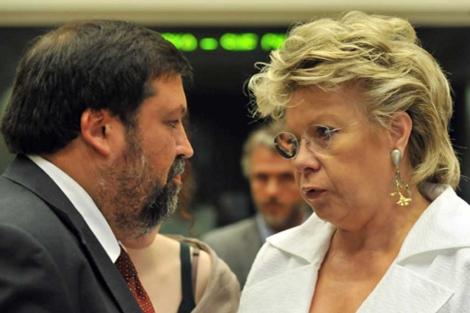 El ministro de Justicia Caamaño, con Reding.| Efe