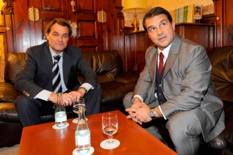 Laporta no ha hecho declaraciones en su primer acto en el Parlament   S. Cogolludo