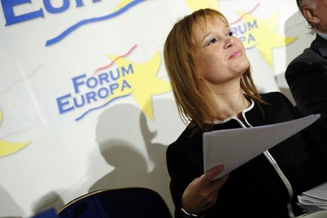 Leire Pajín, durante su intervención en el Foro Nueva Economía. | Foto: Bernardo Díaz