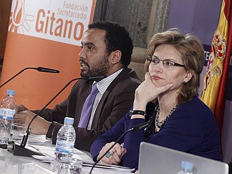Presentación del informe sobre los gitanos.   Óscar Monzón