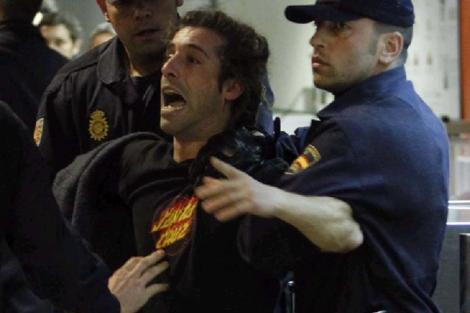 Oskar, en el momento de ser detenido. | JC Hidalgo