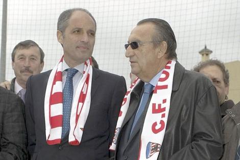 Carlos Fabra junto a Francisco Camps en Torreblanca | D.C.