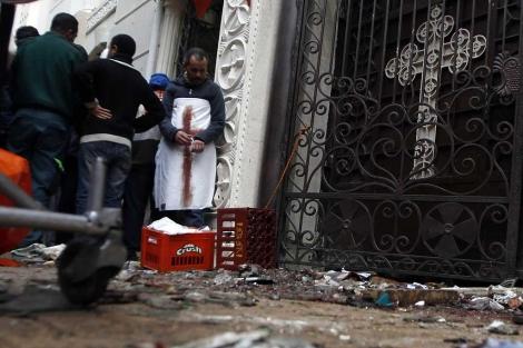 Imágenes del atentado en Alejandría. | Reuters