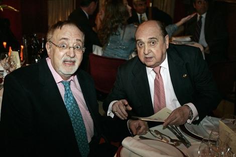 Junto a Antonio Ozores en una entrega de premios en el año 2009. | D. Sinova