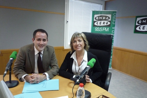 Jorge Alarte, junto a Julia Otero, durante su entrevista en Onda Cero.