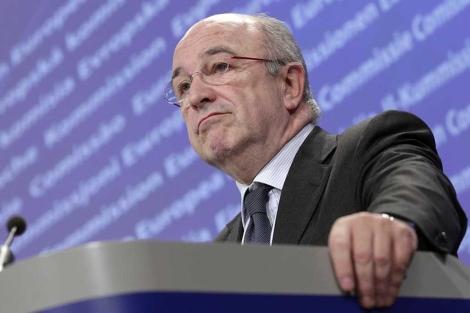 Almunia, el comisario de Competencia, en una rueda de prensa.| Ap