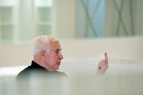 Eisenman en una de sus visitas al Gaiás.   Manuel G. Vicente