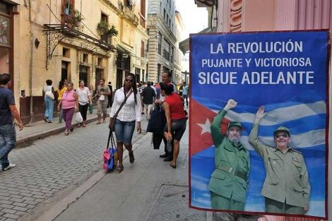 Un cartel alusivo a la revolución cubana, en La Habana.  Efe
