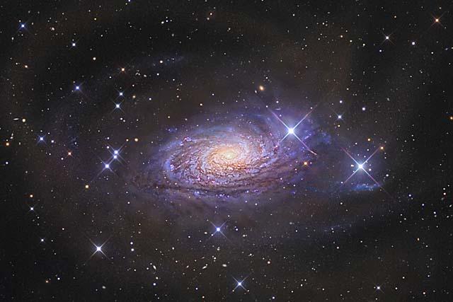El disco distorsionado de la galaxia Girasol (M63). | R. Jay Gabany y D. Martínez-Delgado