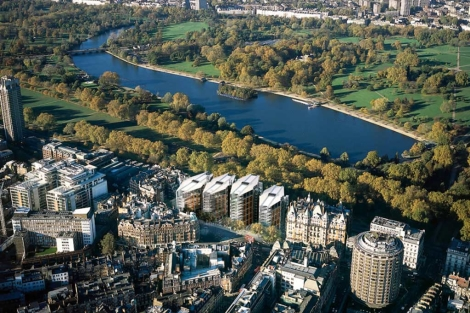 El One Hyde Park, con cuatro bloques, en el centro inferior de la imagen. | Elmundo.es