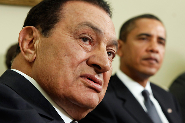 Hosni Mubarak junto a Barack Obama en una imagen de 2009. | Reuters ÁLBUM: SU VIDA, EN IMÁGENES