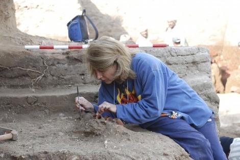 La egiptóloga Cármen Pérez Die en Heracleópolis Magna. | Campus