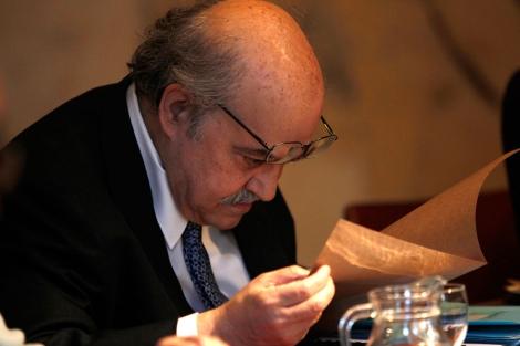 El conseller Mas-Colell culpa al tripartito: 'No tenemos culpa de nada' | Quique García
