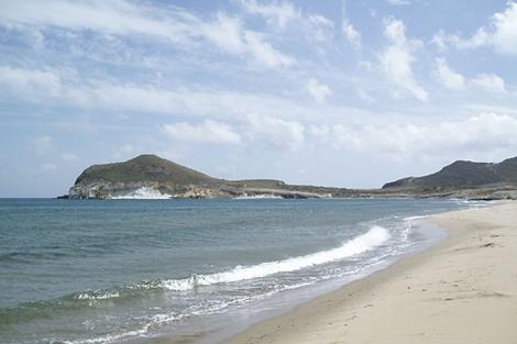 La playa de los Genoveses, escenario de muchas localizaciones cinematográficas.