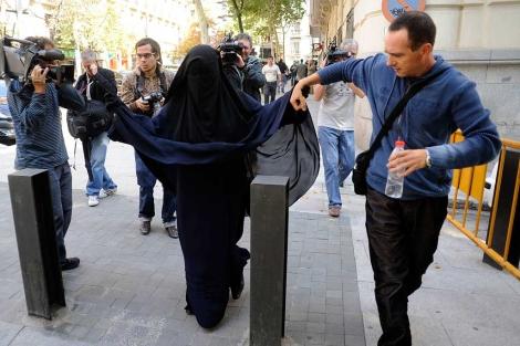 Una de las testigos intentó declarar en la Audiencia nacional con burka | Bernardo Díaz