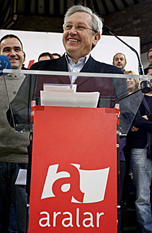 Patxi Zabaleta en el Consejo Político de Aralar. | Efe