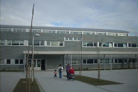 El colegio de Arteixo donde estudia la joven. | M. N.