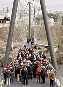 Es el primer puente peatonal en Lugo. | Efe