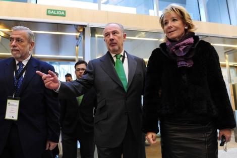 Antonio Beteta (izq.), Rodrigo Rato y Esperanza Aguirre.   Bernardo Díaz