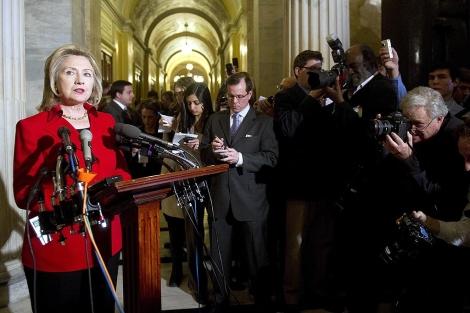Clinton, durante su encuentro con la prensa. | Afp