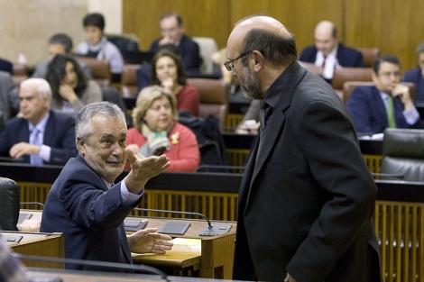 El presidente andaluz, José Antonio Griñán, en el Parlamento. | Efe