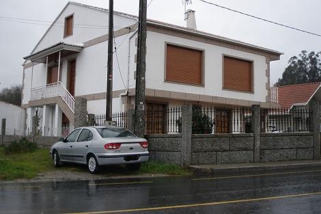 Casa donde vive Juan Manuel Rey, en el lugar de Outeiro-Bemil de Caldas. | N. P.
