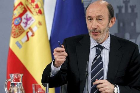Alfredo Pérez Rubalcaba, en la rueda de prensa tras el Consejo de Ministros. | Efe