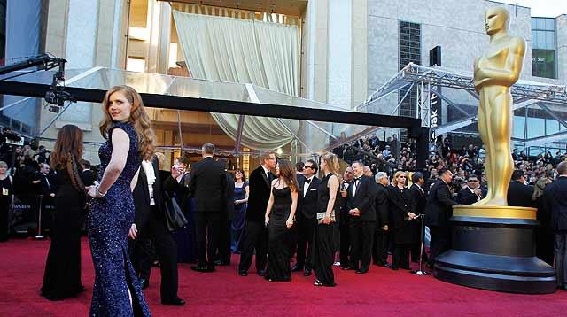 La actriz Amy Adams, nominada en la categoría a mejor actriz secundaria, en la alfombra roja. | Reuters
