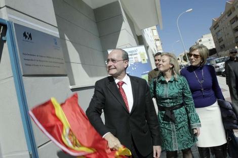 De la Torre y Carolina España durante la inauguración. | Jesús Domínguez