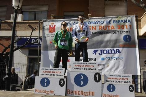 Paquillo, en el podio, tras conseguir el campeonato de España de 20 km. | J. Martí