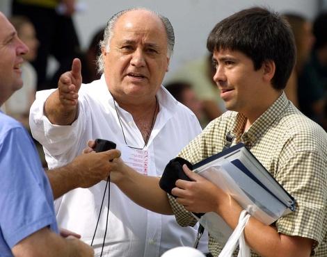 Amancio Ortega (c) es el séptimo hombre más rico del mundo. | Eloy Gonzalo