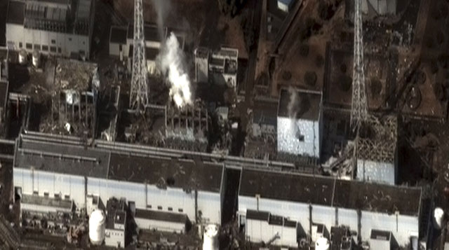Imagen aérea de la central nuclear el miércoles 16 de marzo. | AP