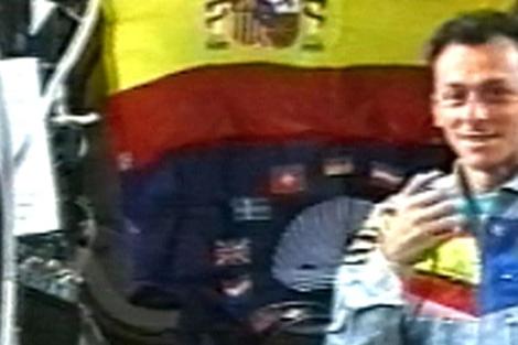 Pedro Duque, durante su misión en la Misión Internacional Especial.