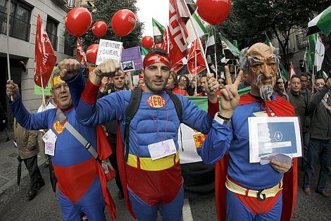 Manifestación en Madrid contra la gestión de Ruiz Mateos y la defensa de puestos de trabajo en el grupo. | Efe