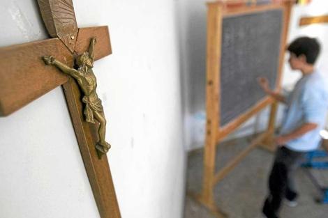 Un estudiante, en un colegio en Roma.| ELMUNDO.