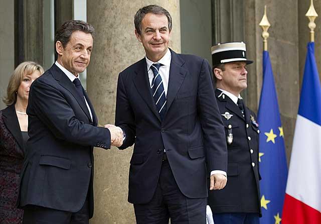 Sarkozy recibe a Zapatero, este sábado, en el Palacio del Elíseo. | Afp