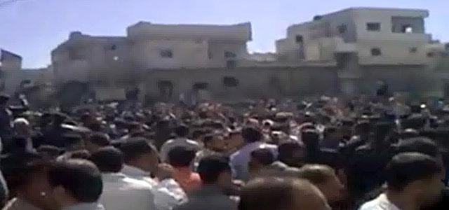 Una concentración de protesta contra el régimen sirio de Bashar al Asad.   Afp