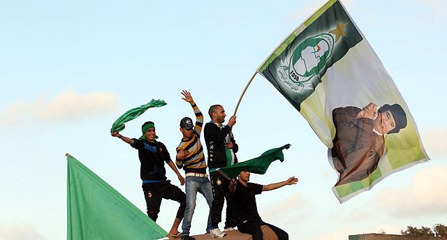 Partidarios de Gadafi se parapetan en Trípoli. | Efe