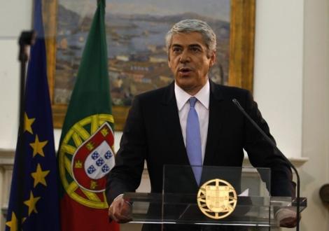 José Sócrates anuncia su dimisión.   Rafael Marchante