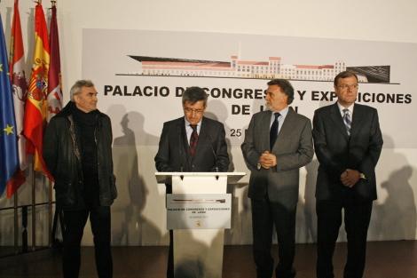 Perrault, Fernández, Alejo y Silván, en la inauguración.   F. Pérez de León