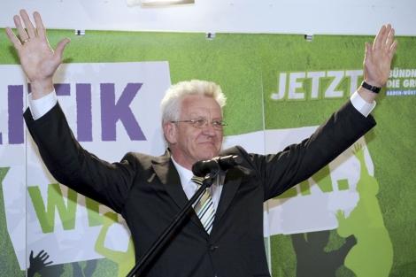 Winfried Kretschmann celebra los primeros datos.   Efe