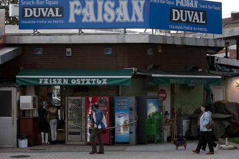 Exterior del bar Faisán, en Irún, donde se produjo el chivatazo policial a ETA. | Justy García