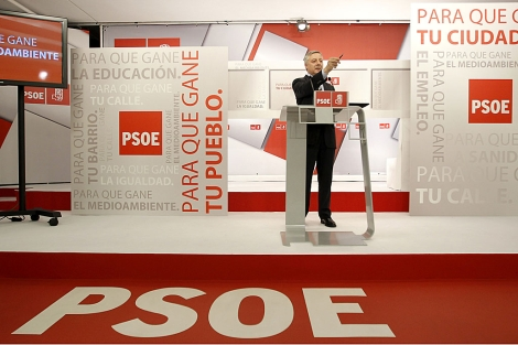 El vicesecretario de Organización del PSOE, José Blanco, en la presentación de la campaña. | Alberto di Lolli