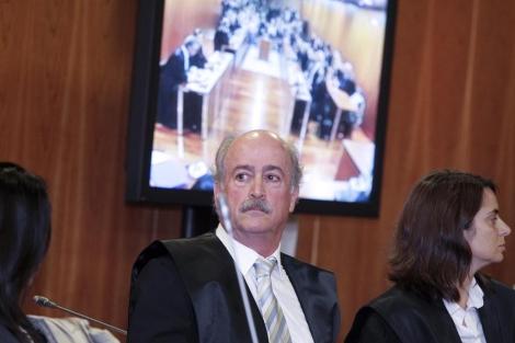 Del Valle en la lectura de la sentencia en la Audiencia de Málaga. | J. Domínguez