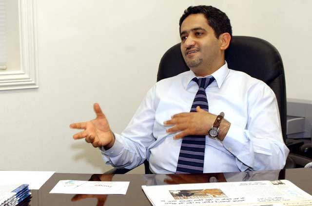 El ya ex director del periódico 'Al Wasat', Mansur al Jamri. | Afp